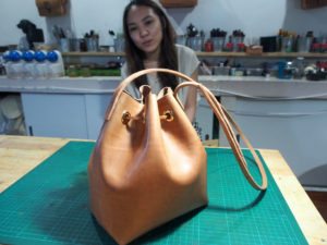 how to make leather bucket bag